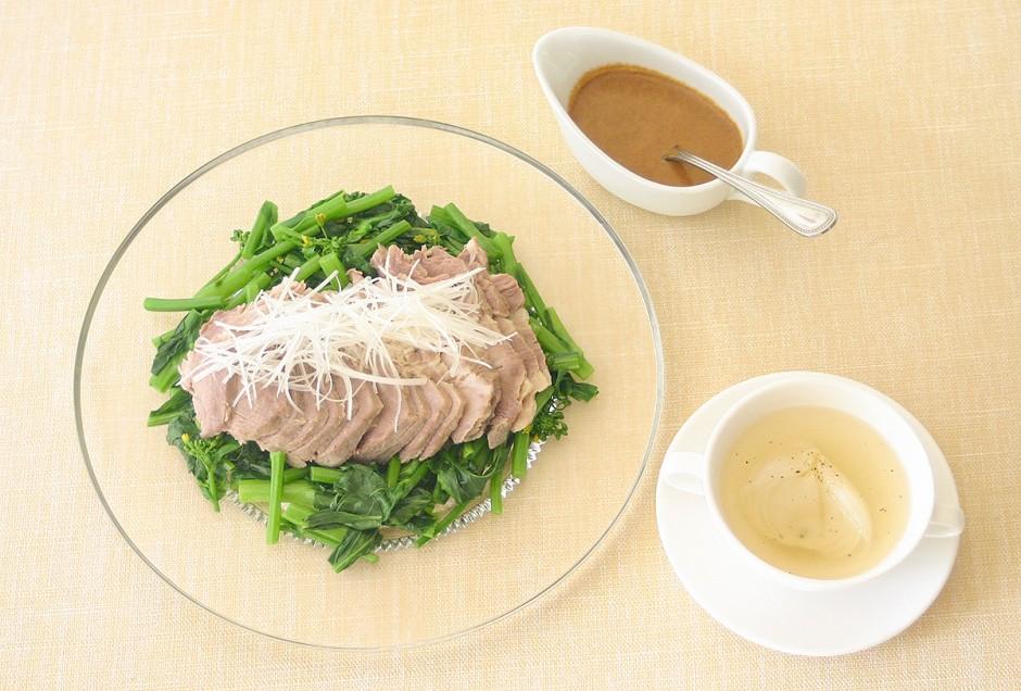 塩豚の日本酒ボイル・新玉ねぎのスープ