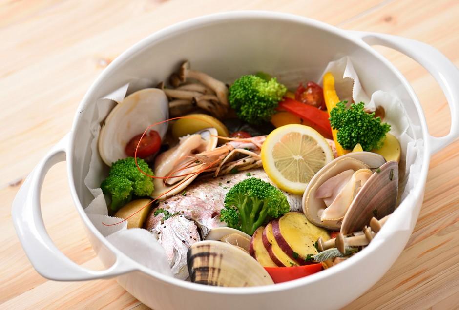 シーフードと野菜のハーブ焼き